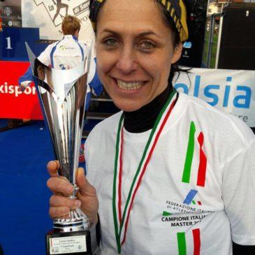 """Avis Carate """"Campione d'Italia"""" con la sua presidente Federica Vernò"""