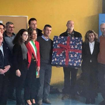 Avis Seregno dona un defibrillatore in ricordo di un giovane donatore